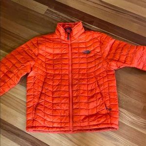 North face thermoball puffy jacket